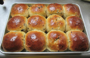 Milk Tea Honey Buns, www.goodfoodgourmet.com