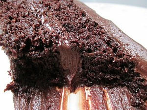 The BEST EVER Chocolate Quinoa Cake, www.goodfoodgourmet.com