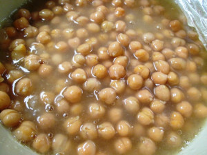 Sweet & Salty Crispy Chickpea (Garbanzo Bean) Snack, www.goodfoodgourmet.com